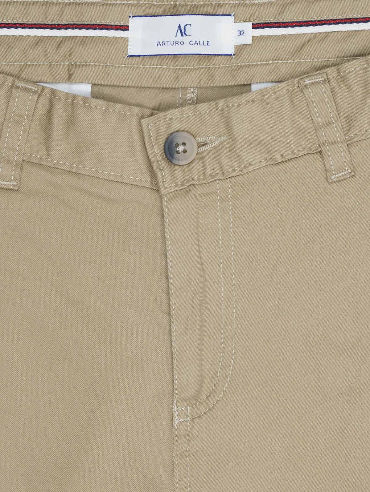 Pantalon Casual 340 En Habano Unicolor Slim Fit Para Hombre 92447 Arturo Calle